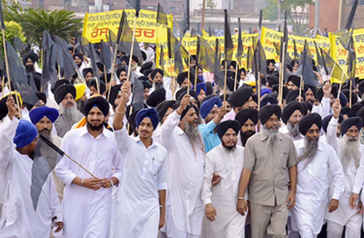 Congress, AAP demand  Prez rule in Punjab