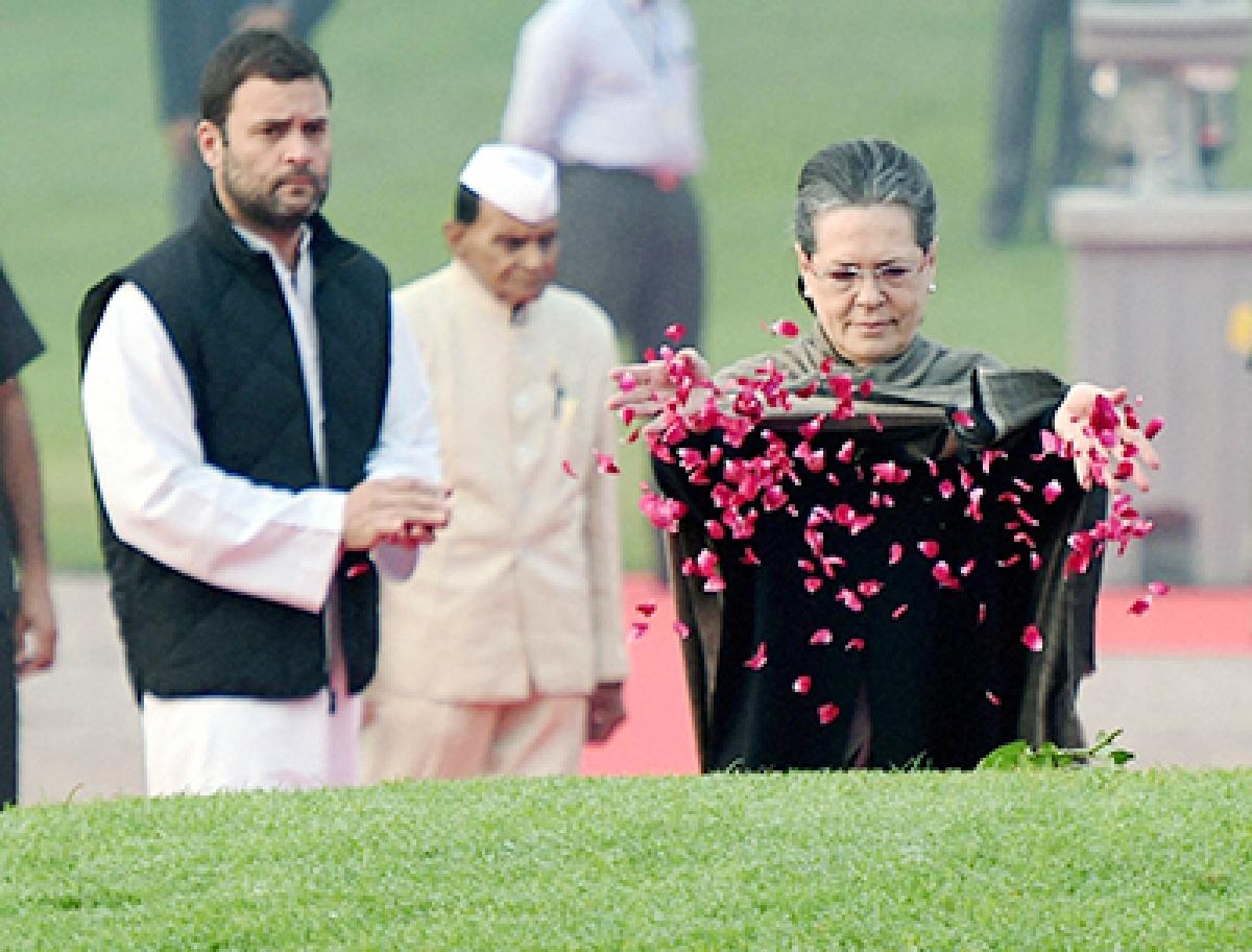 Congress slams Centre bid  to 'undermine' Jawaharlal Nehru