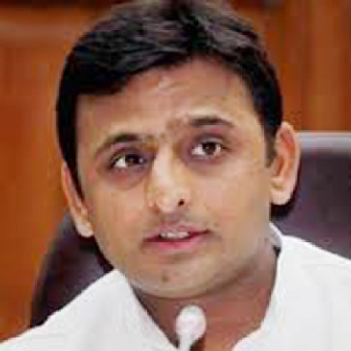 Akhilesh says all cases against Azam Khan would be withdrawn if SP comes to power