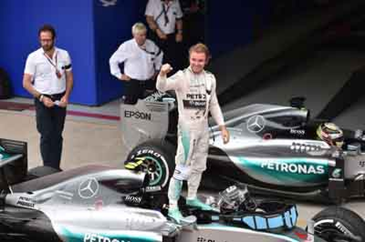 Rosberg wins in Brazil, seals second spot