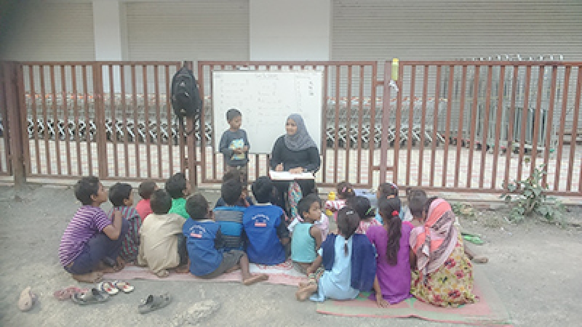 Youngsters on a noble mission, turn teachers for street kids in Mira Road