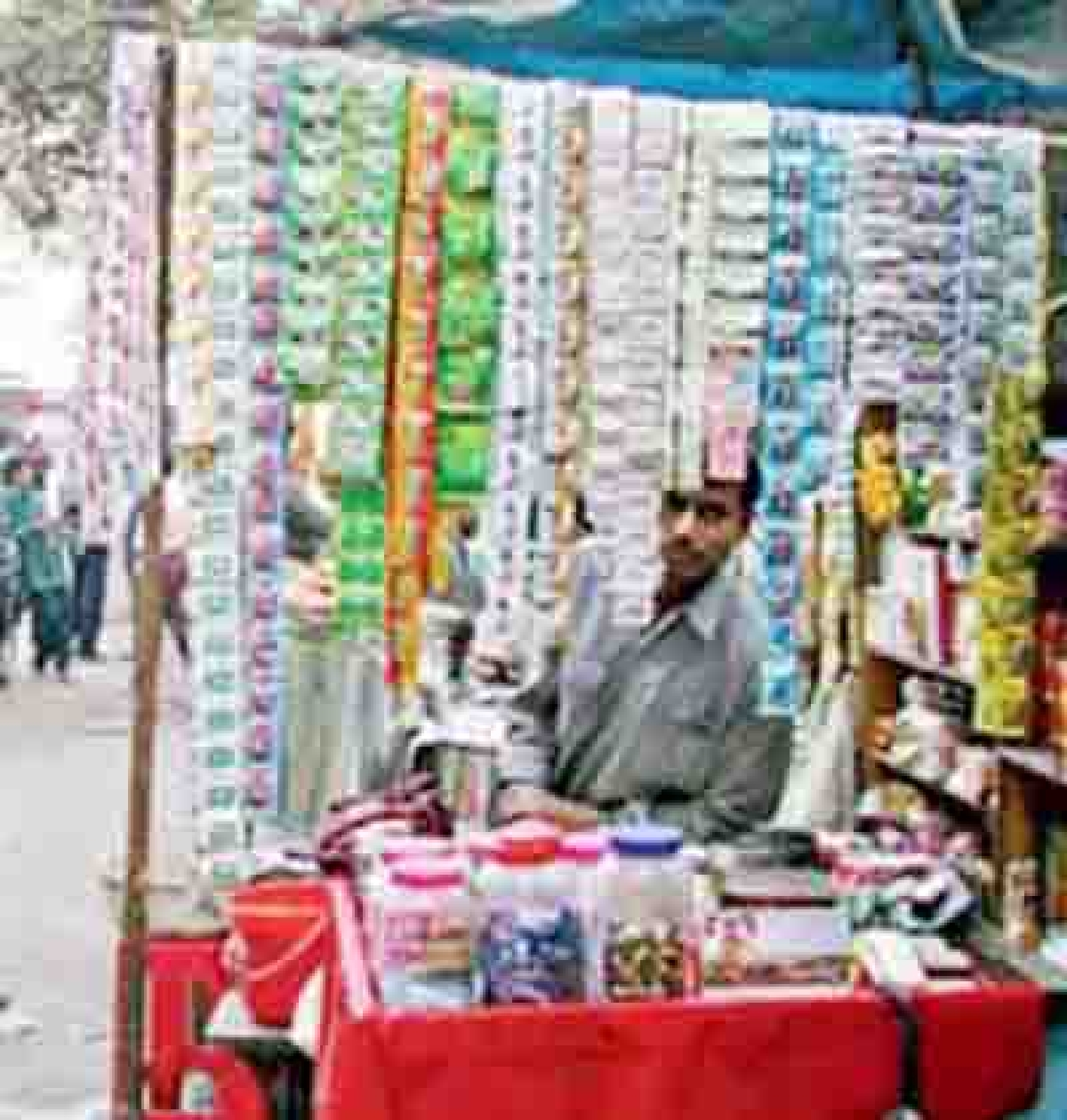 FDA to issue notices to celebrities endorsing gutkha, pan masala