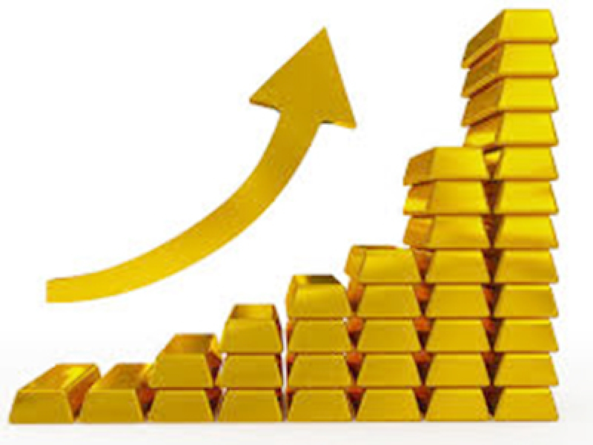Gold zooms to Rs 27,875 per 10 gms; silver regains Rs36K mark
