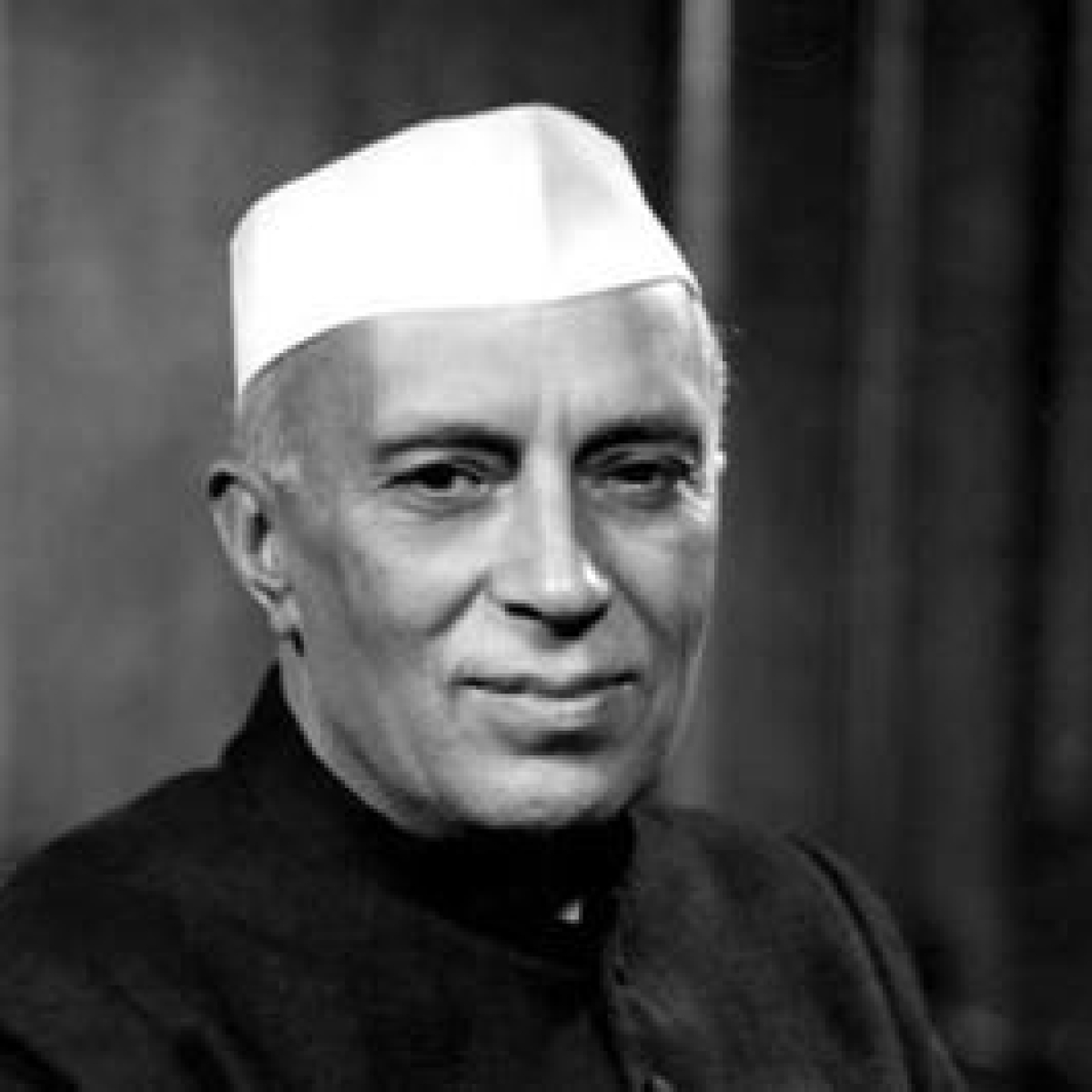 PM Modi to Rahul Gandhi, leaders pay tribute Jawaharlal Nehru on his 56th death anniversary
