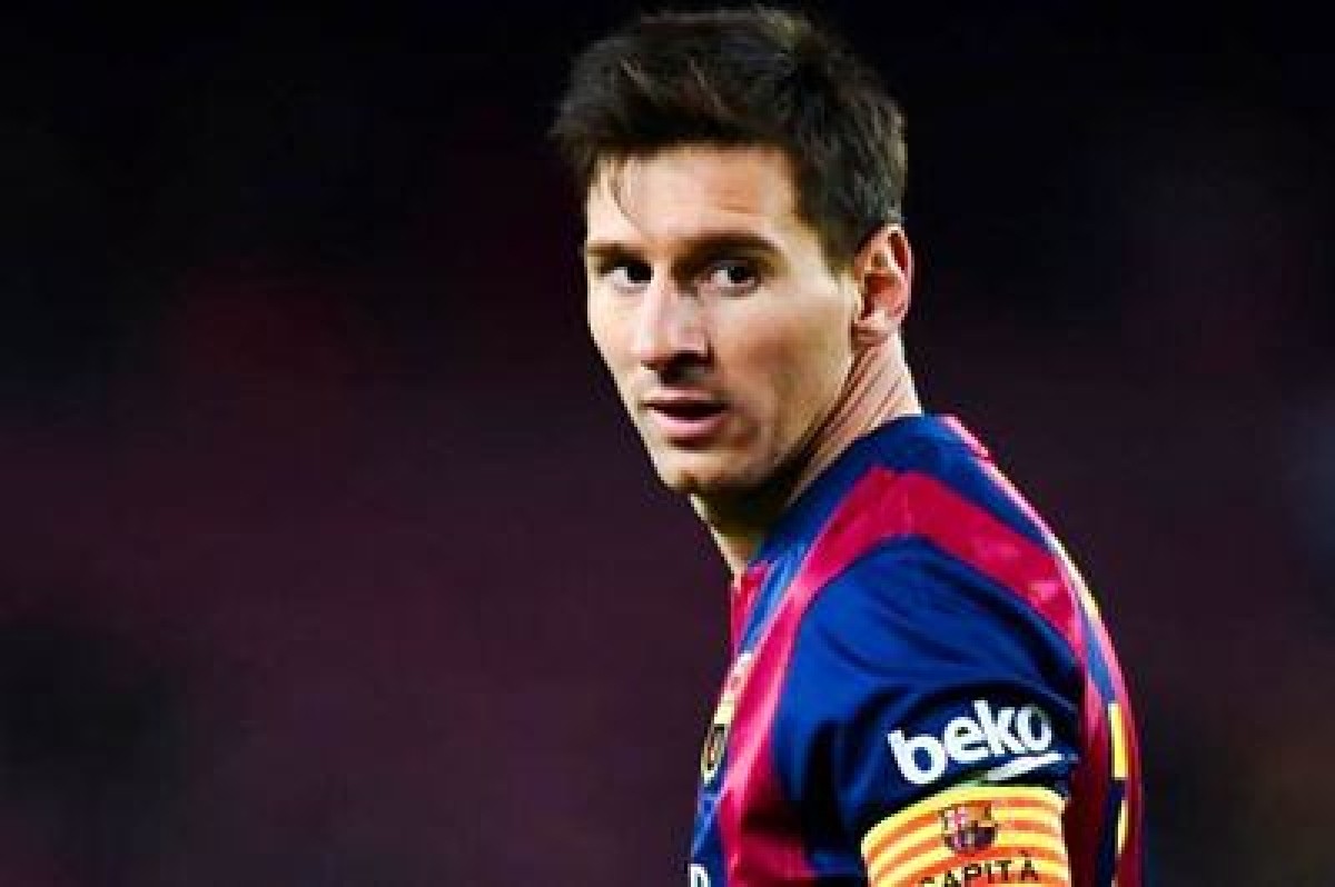Messi may aggravate injury if he plays El Clasico, says doctor