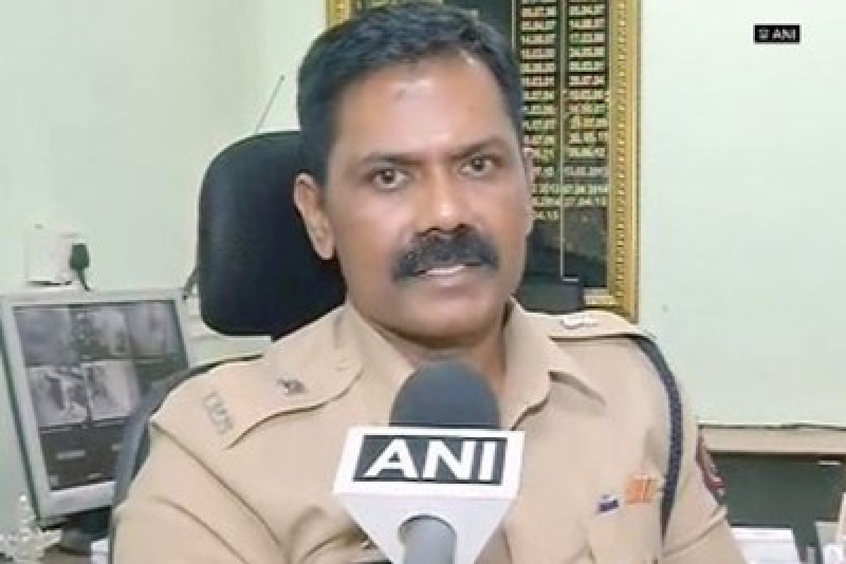 Mumbai Police defends brutality, says couple was 'drunk'