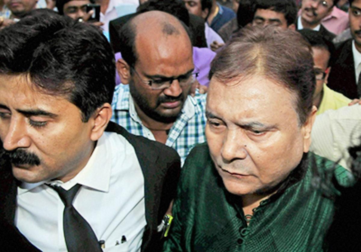 Calcutta HC cancels ex-min's bail in chit fund scam case