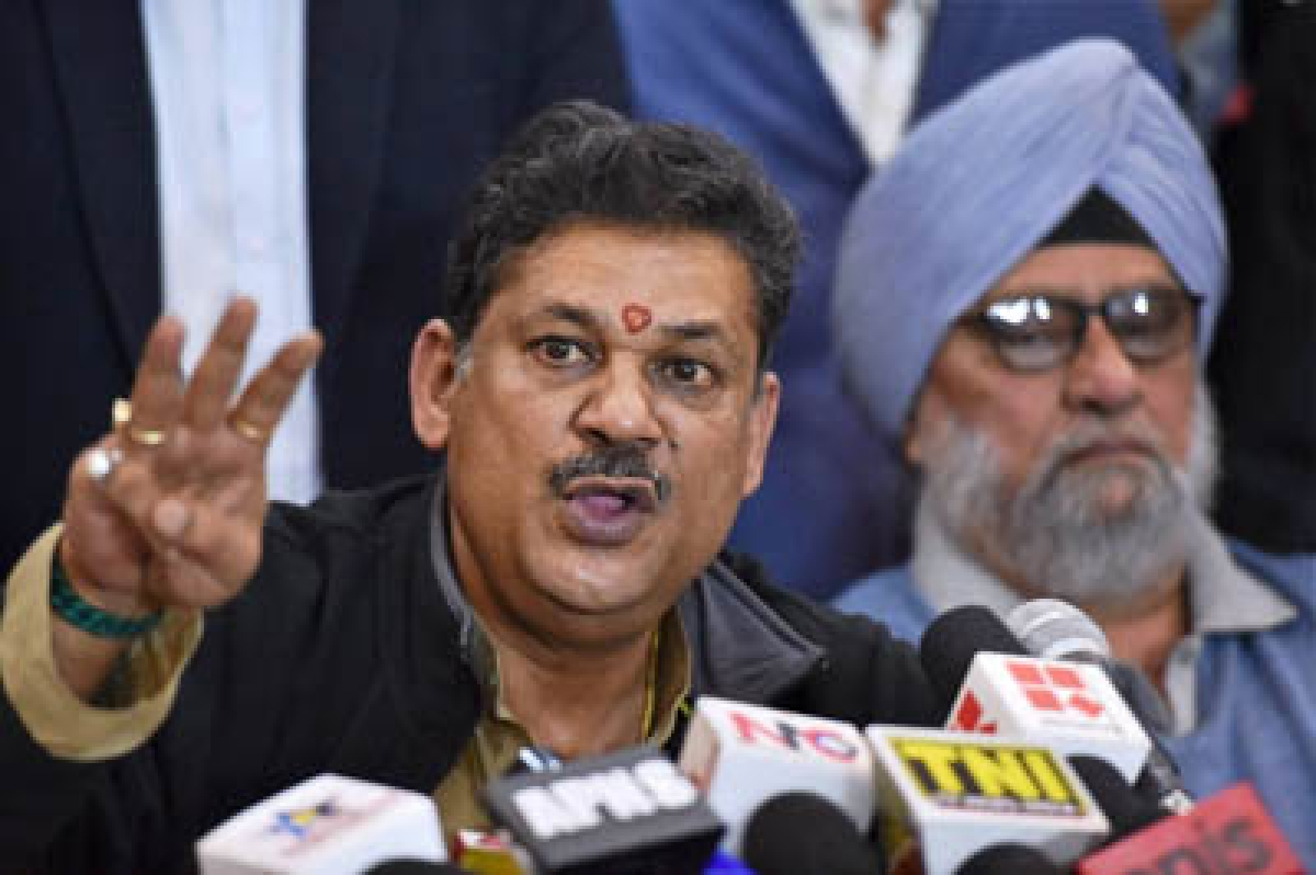 New Delhi: BJP MP and former cricketer Kirti Azad with veteran cricketer Bishan Singh Bedi during a press conference regarding DDCA in New Delhi on Sunday. PTI Photo by Vijay Verma (PTI12_20_2015_000122B)