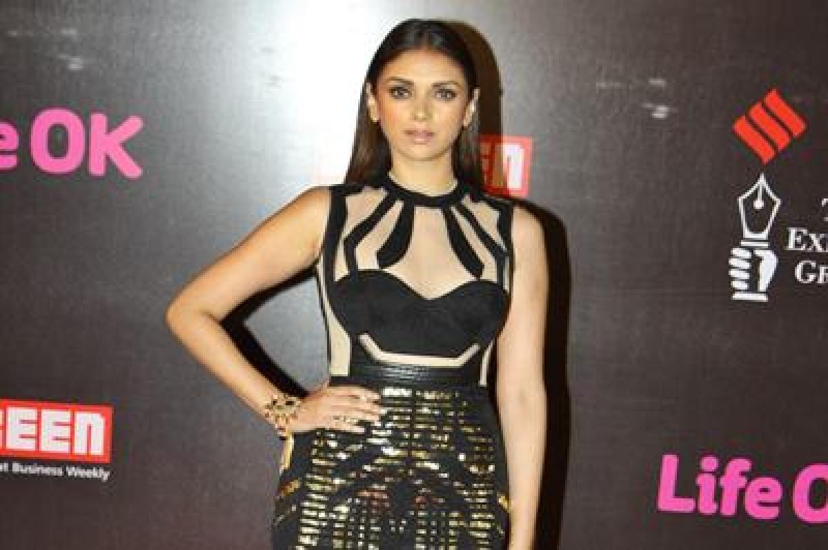I still feel like an outsider in Bollywood: Aditi