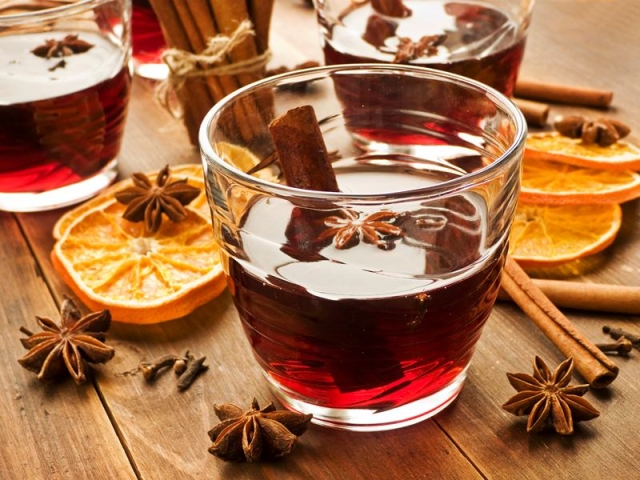 Mulled Wine<br />Picture credits: www.kitchenkapers.co.nz