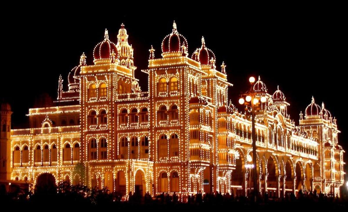 Mysore Palace<br />Picture credits: imgarcade.com