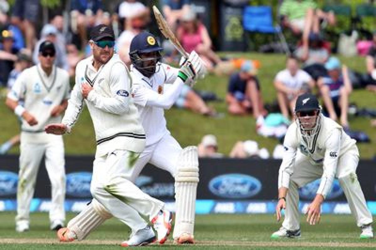 Late strikes rock Sri Lanka as Kiwis fight back