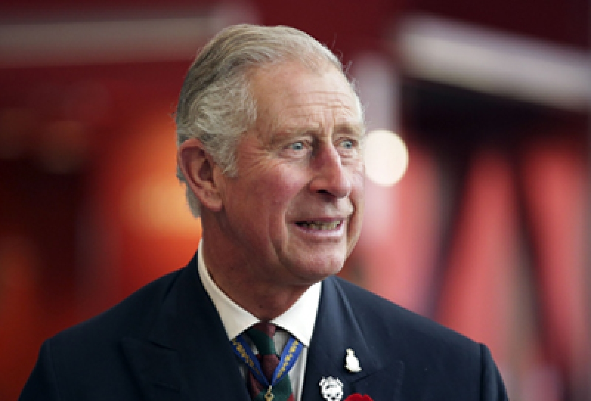 Britain's Prince Charles visits the National Museum of Australia in Canberra on November 11, 2015. The Royal couple are on a 12-day tour visiting seven regions in New Zealand and three states and one territory in Australia. AFP PHOTO / POOL / STEFAN POSTLES