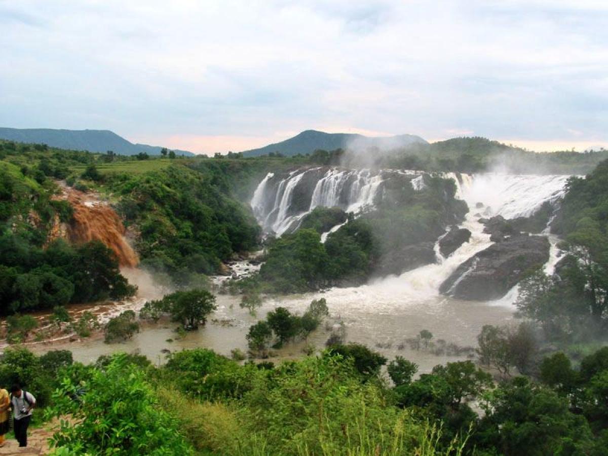 Shivanasamudra Falls<br />Picture credits: Bgajanan / Wikipedia
