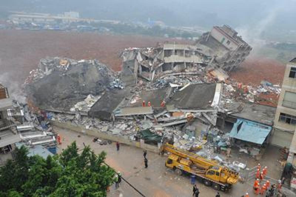 91 missing in China landslide, rescue efforts on