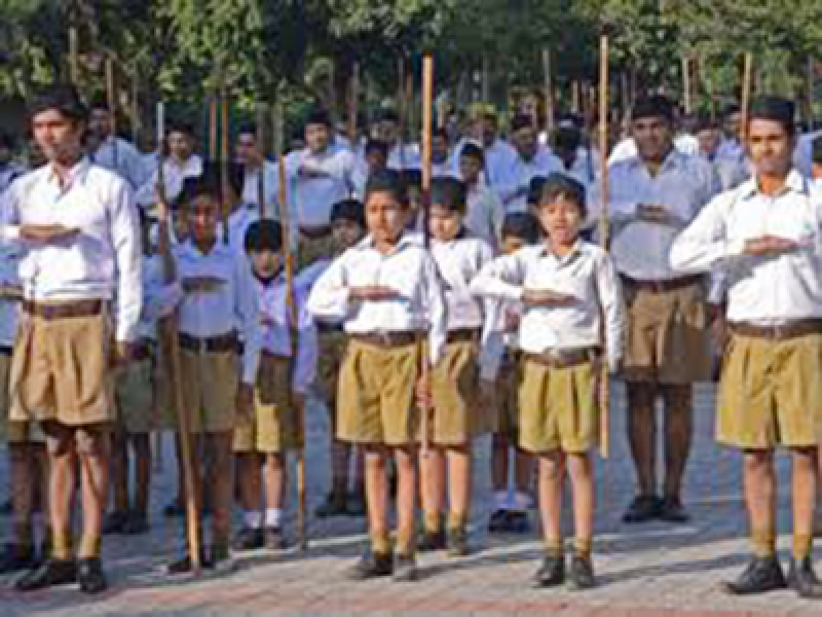 Rss May Bury Khakhi Half Pant In March