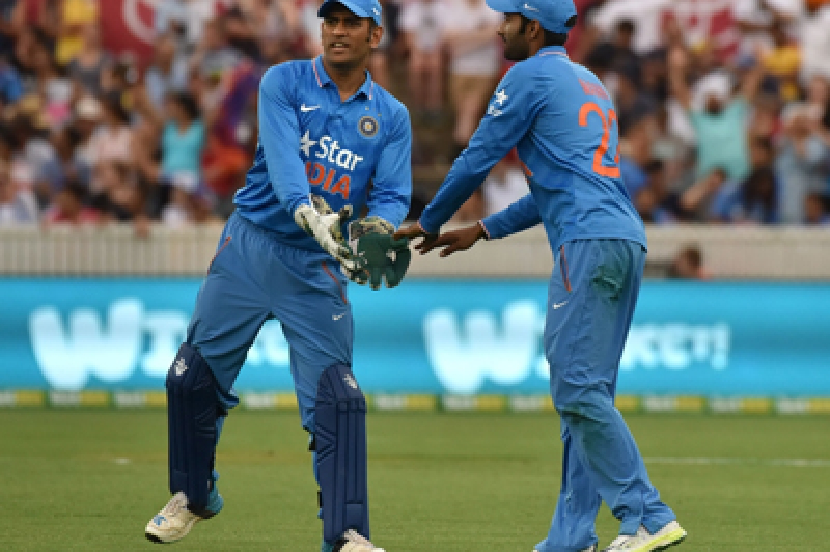 India opt to bowl in fifth ODI against Australia