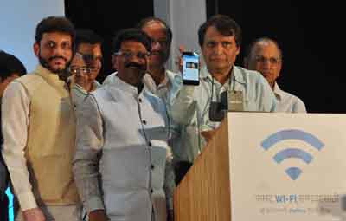 Google's free high-speed Wi-Fi  launched at Mumbai Central Stn