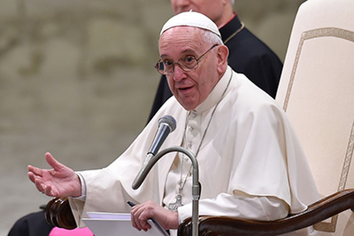 Okay to be sinner, but not to be corrupt: Pope