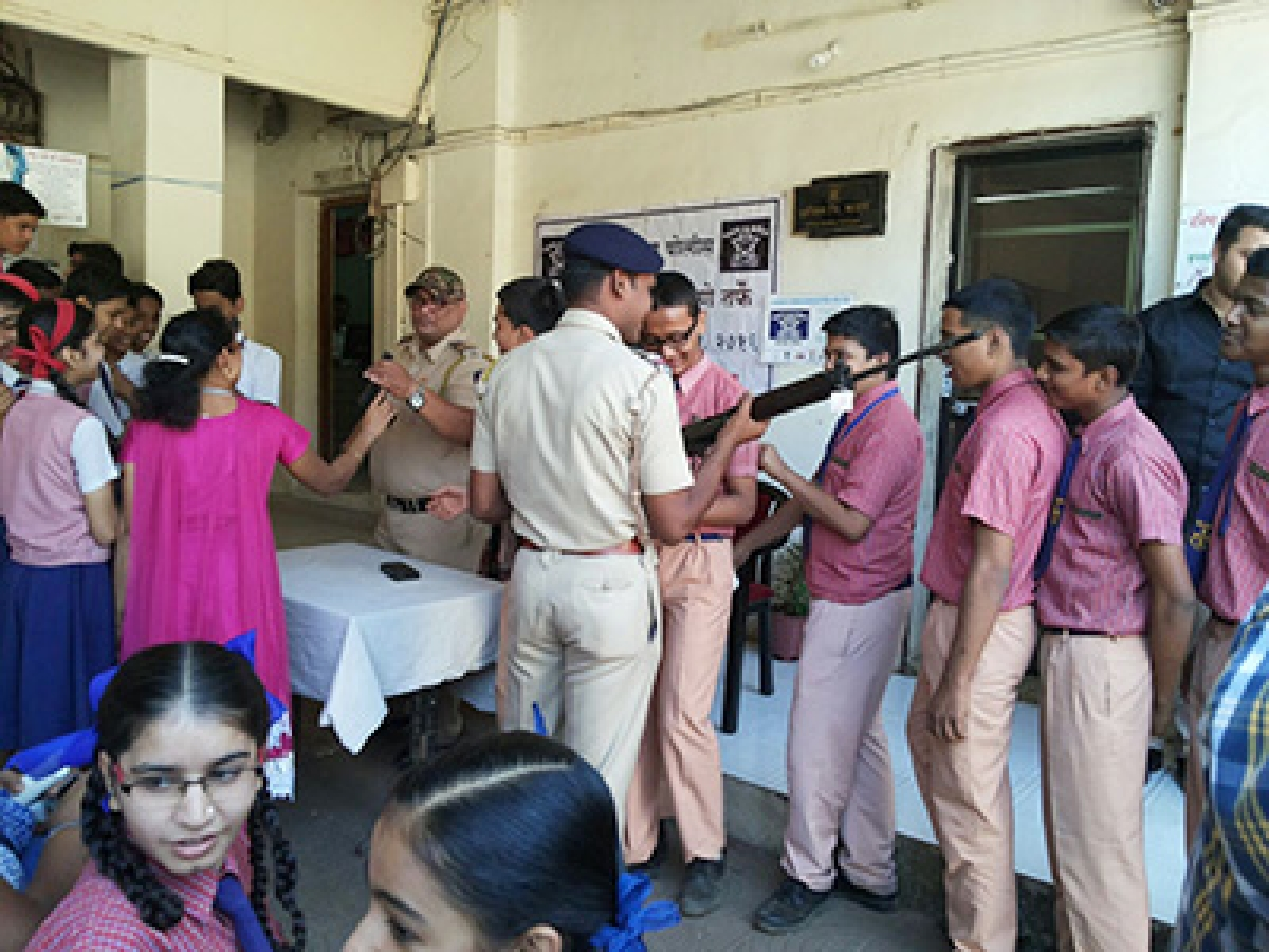 Students interact with cops to mark Raising Day