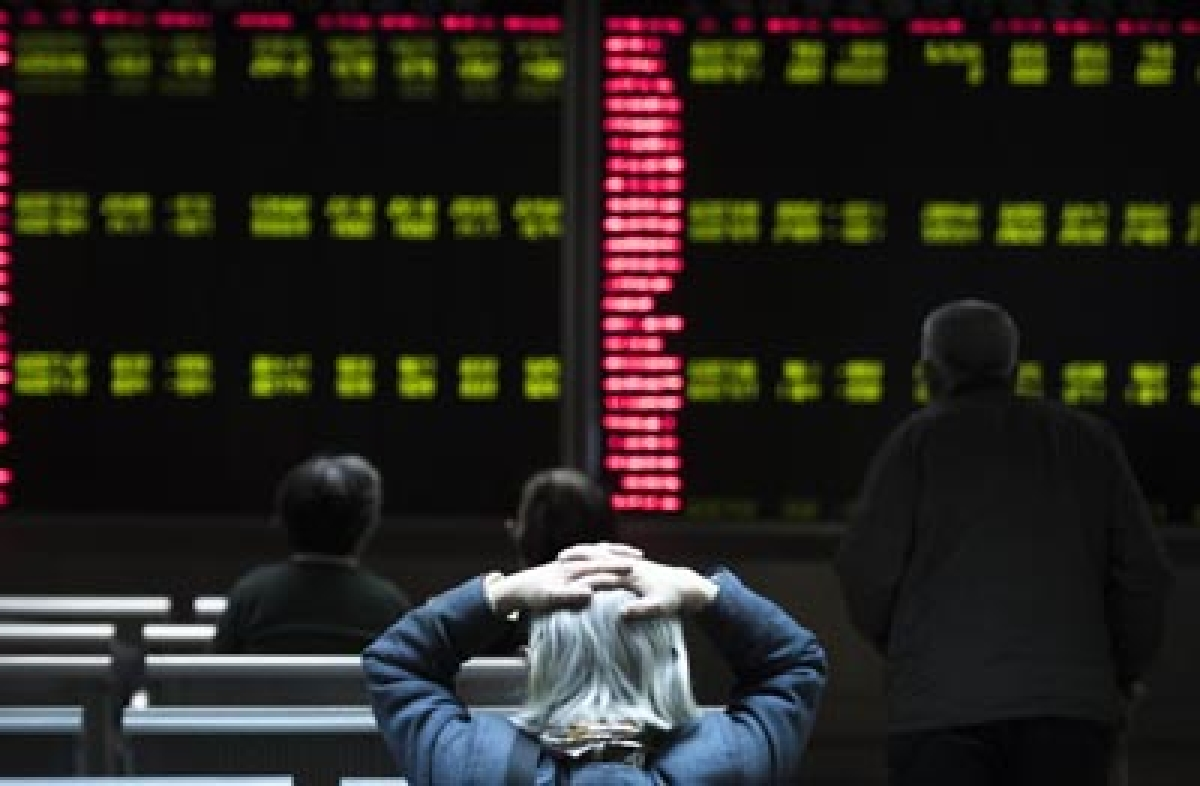 Asian stocks suffer sell-off as virus uncertainty casts shadow