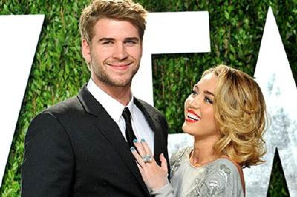 Happy 10 year anniversary: Miley Cyrus wishes Liam Hemsworth