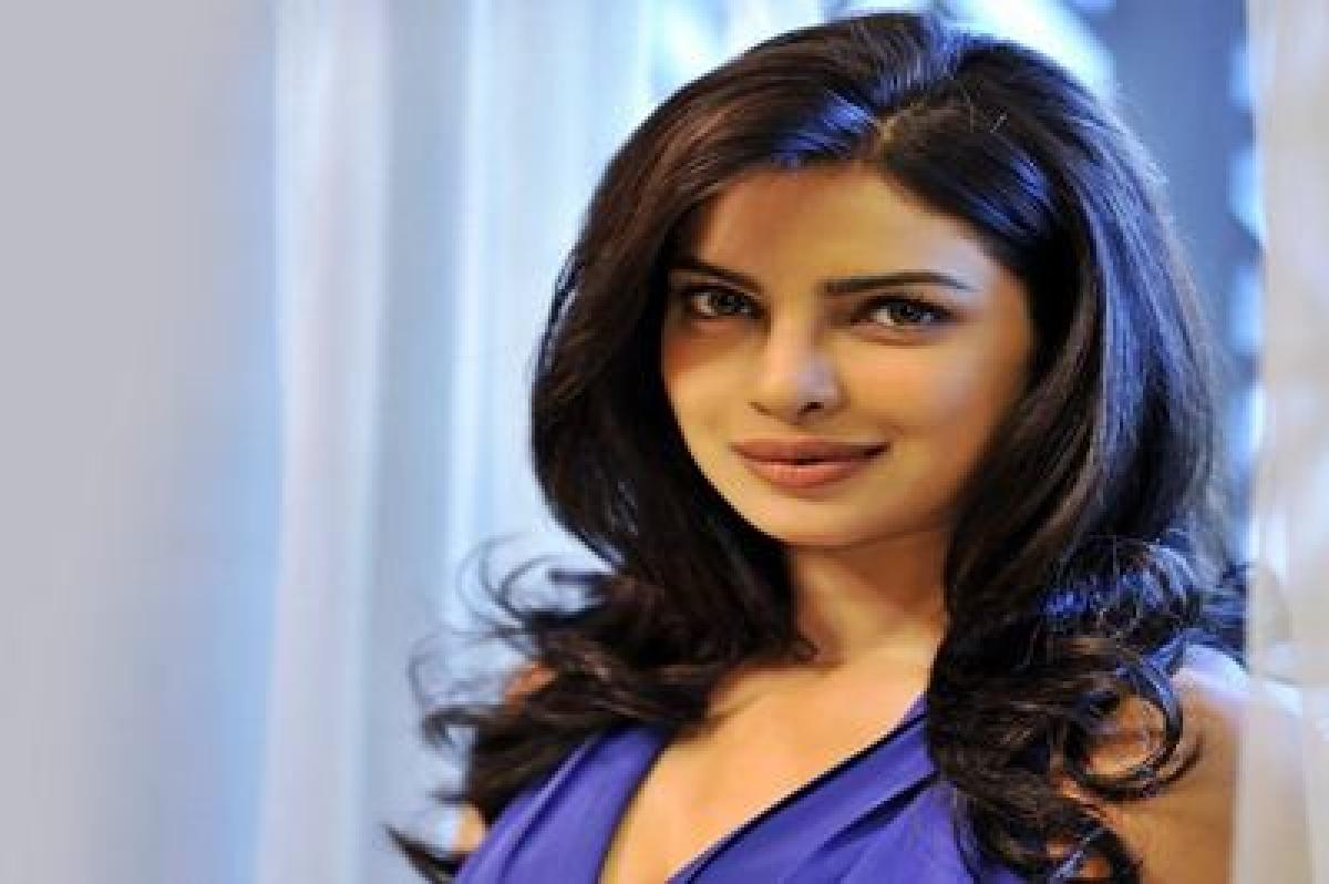 Priyanka Chopra stuns in Zuhair Murad at Oscars