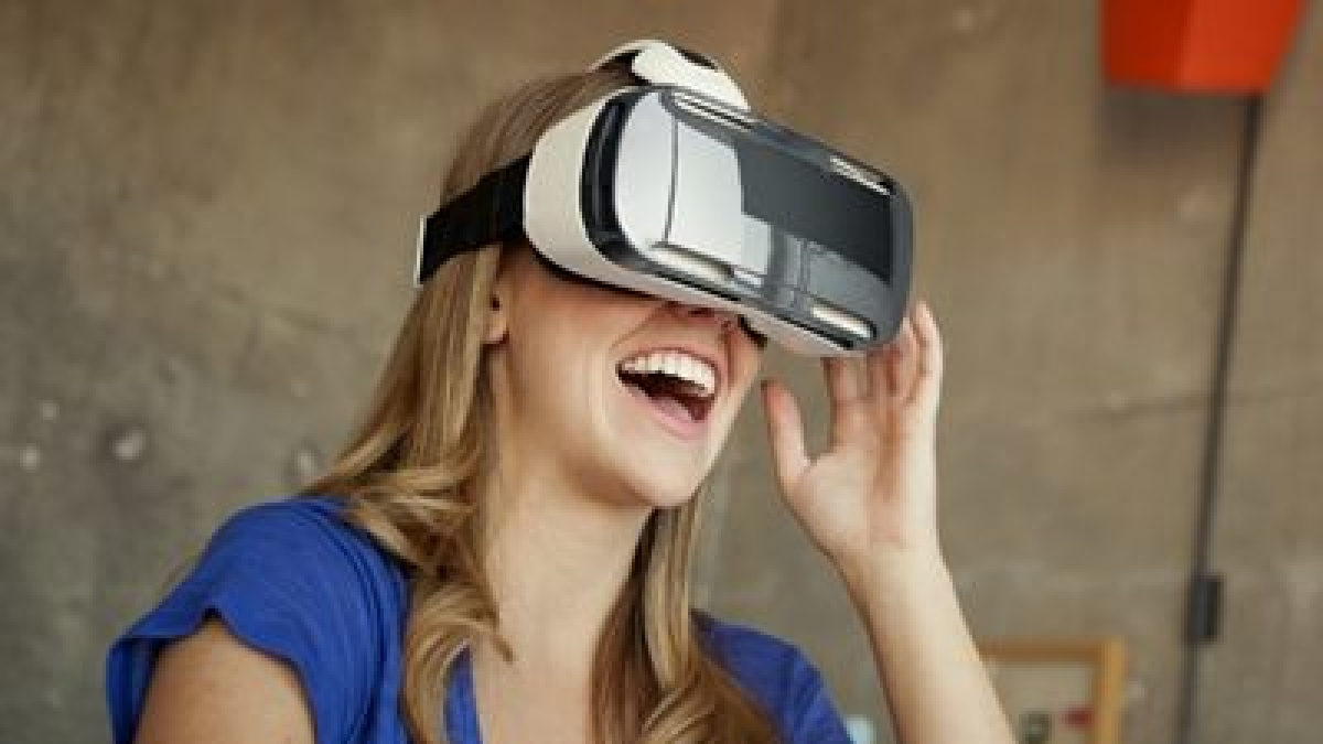Indians believe smart devices, VR make them open-minded