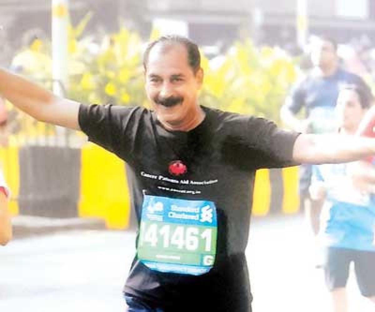 Sudhir Parik completes half marathon at Mumbai