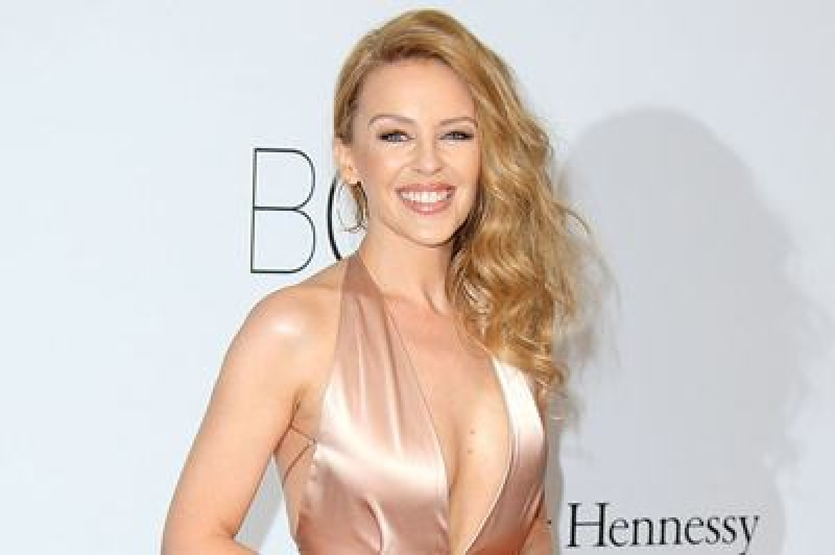 Kylie Minogue getting hitched soon?