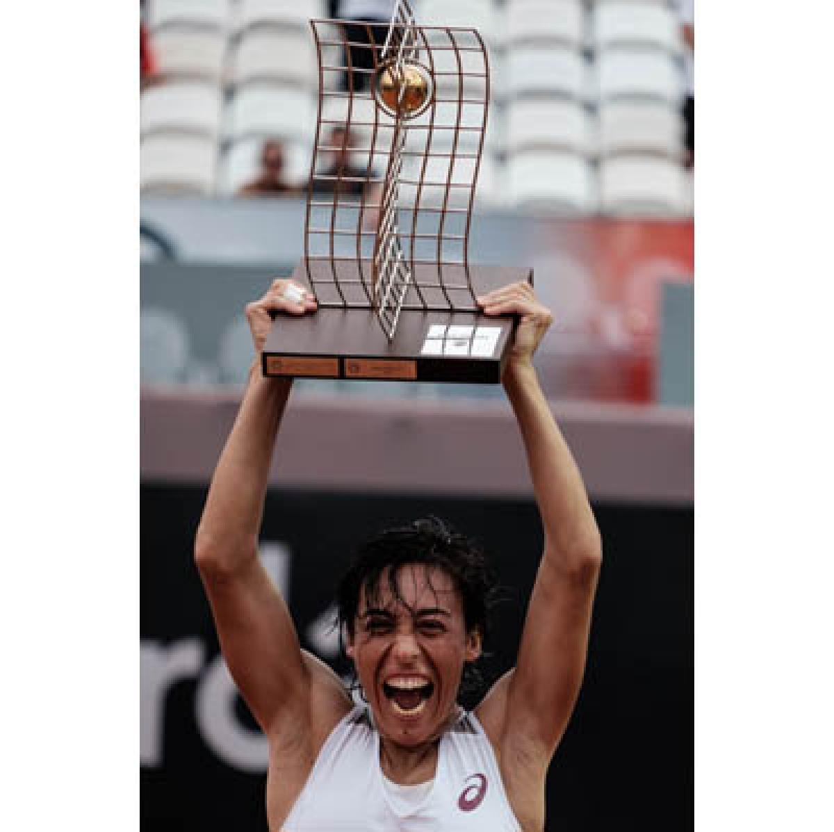 Francesca Schiavone, 35; wins Rio title