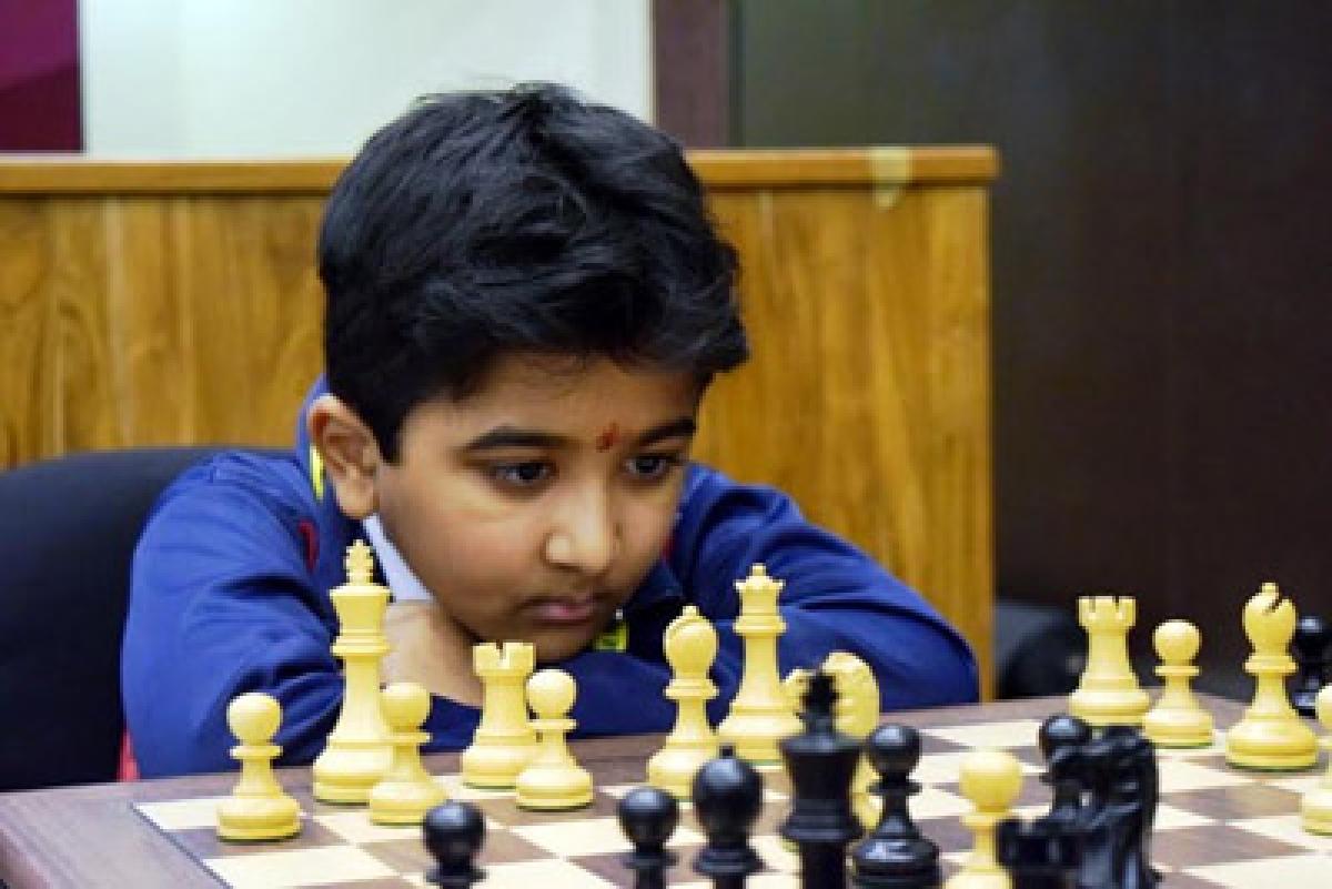 Aditya Mittal outwits Sriram to take lead