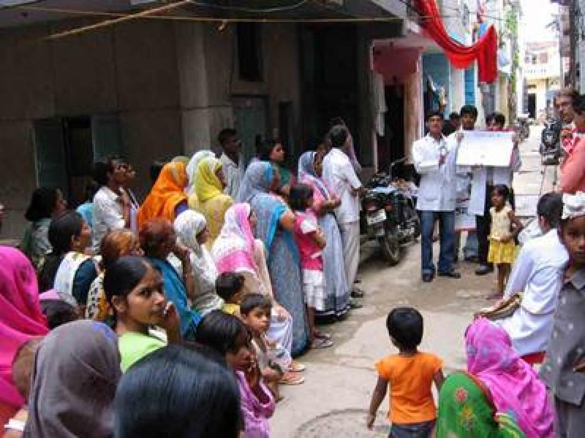 Evolve holistic, affordable healthcare system: Maha Governor