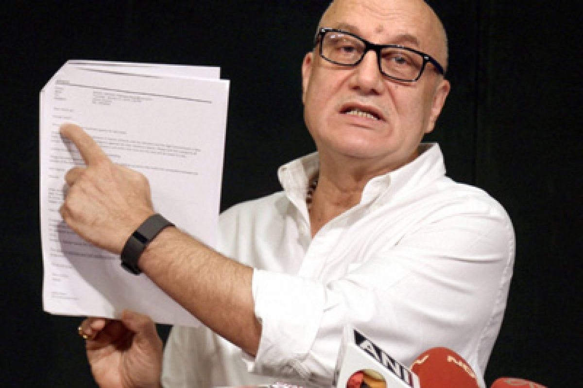 Mumbai: Bollywood actor Anupam Kher, who was denied a visa by Pakistan to attend a literary festival in Karachi, addresses a press conference in Mumbai on Tuesday. PTI Photo (PTI2_2_2016_000213B)