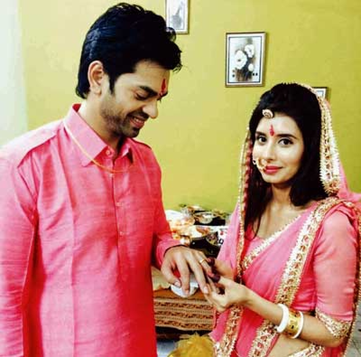 Bhaiya becomes 'ji' as onscreen siblings exchange rings