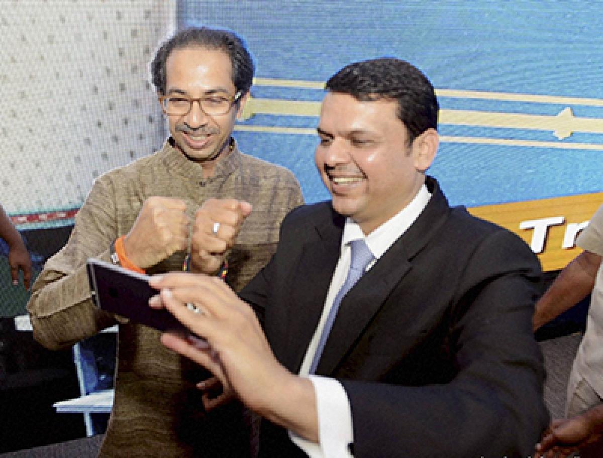 Chief Minister Devendra Fadnavis hails Budget, Shiv Sena seeks cut on gold import duty