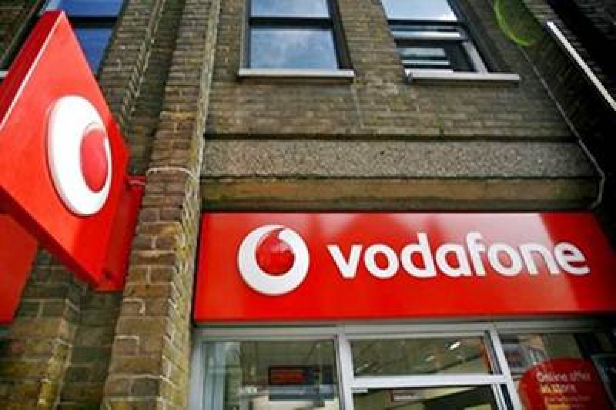 Vodafone Idea now launches voice-based contactless recharge initiative at retail outlets; Know more