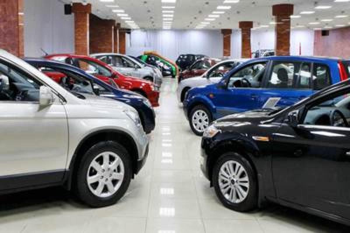 January domestic passenger car sales slide