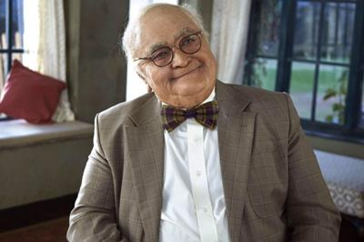 Rishi Kapoor unveils his look for 'Kapoor and Sons'