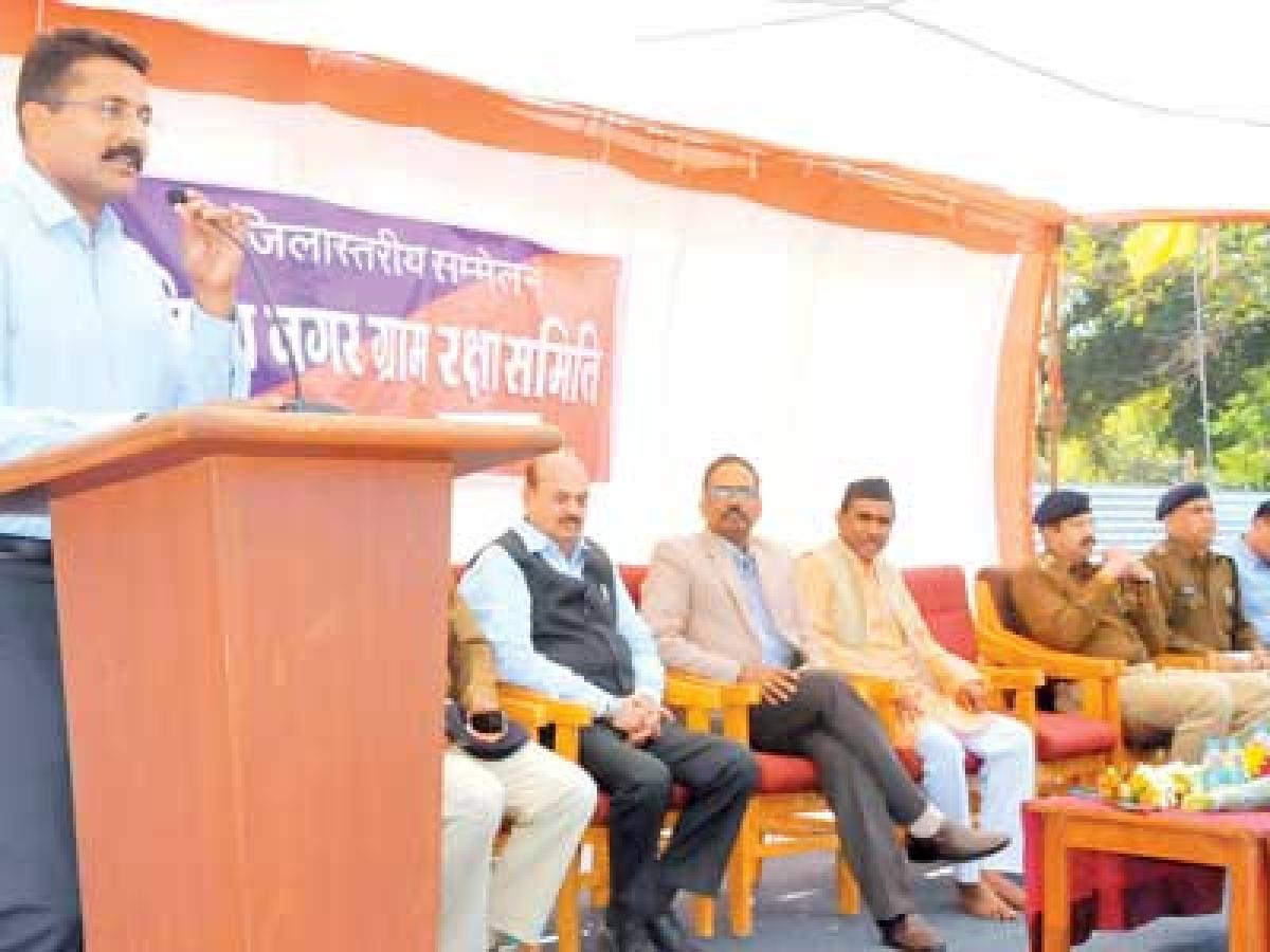 Thousands of Suraksha Samiti volunteers attend Simhastha orientation camp
