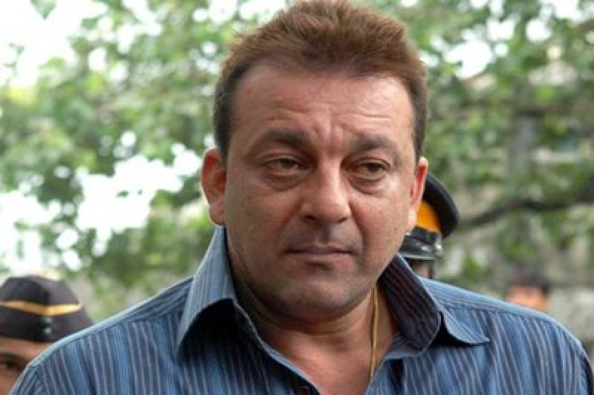 On Sanjay Dutt's homecoming, B-Town gives warm welcome