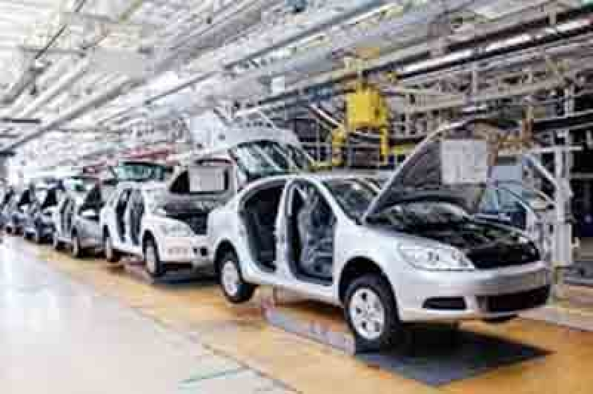 Carmakers fret over infra cess; prices to go up over Rs 1 lakh