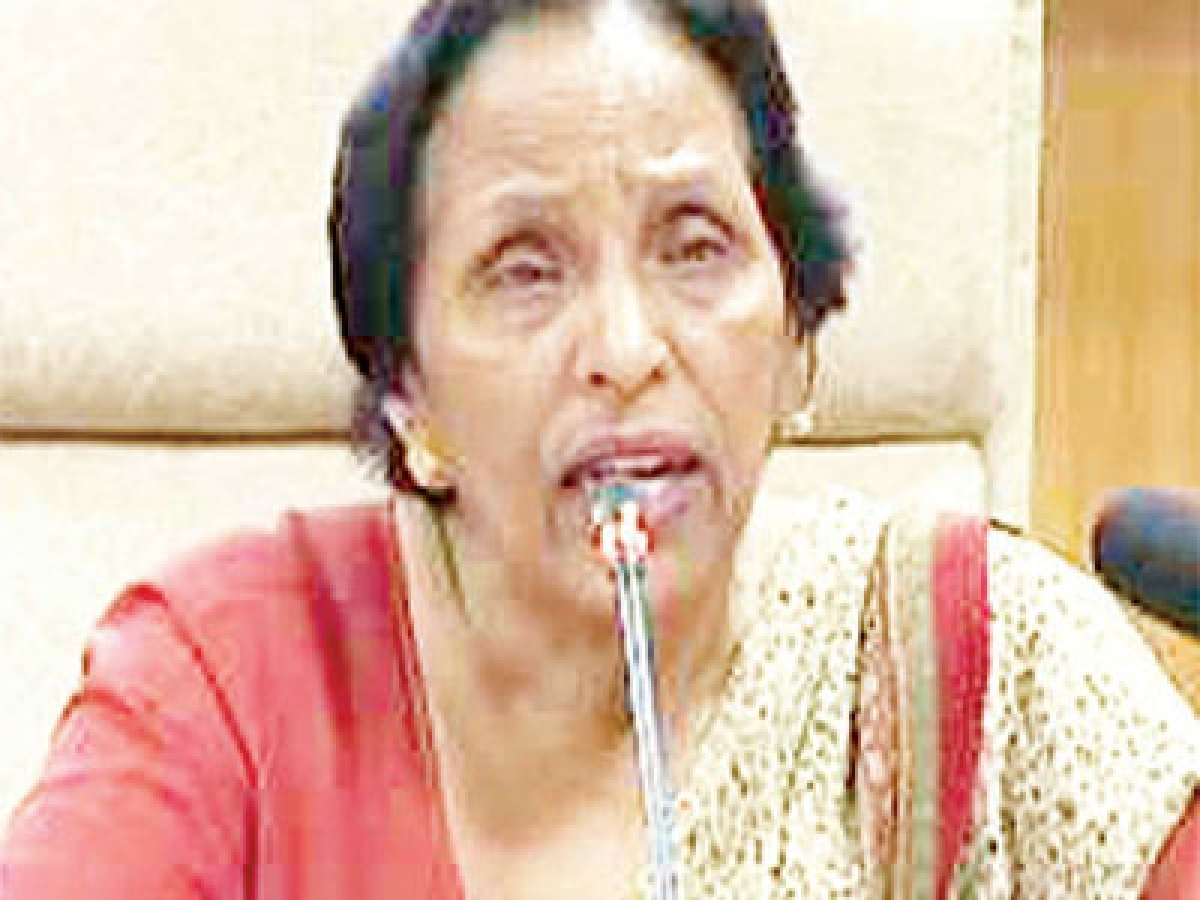 Glass ceiling blocks way of woman IAS officers