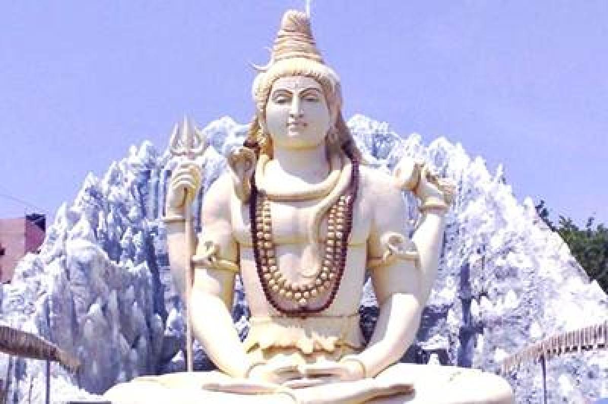 Visit the of the 12 Jyotirlinga temples in India this Maha Shivaratri