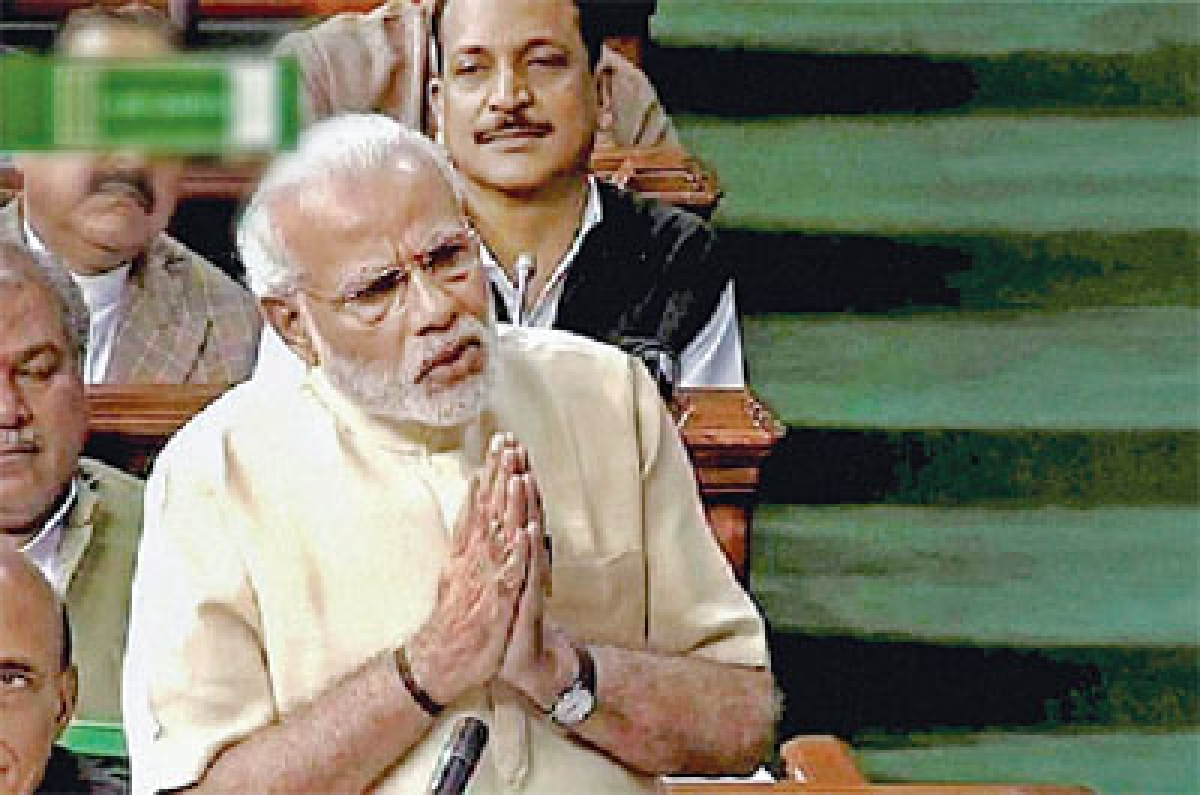 Modi accuses Didi, Left and Cong of being 'hand in glove'