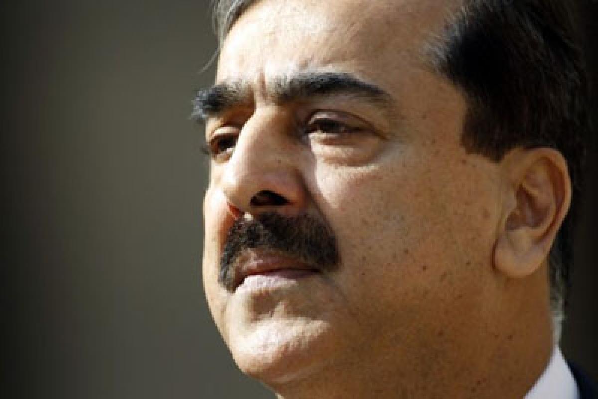 David Headley sings, draws Ex-Pakistan PM into chorus