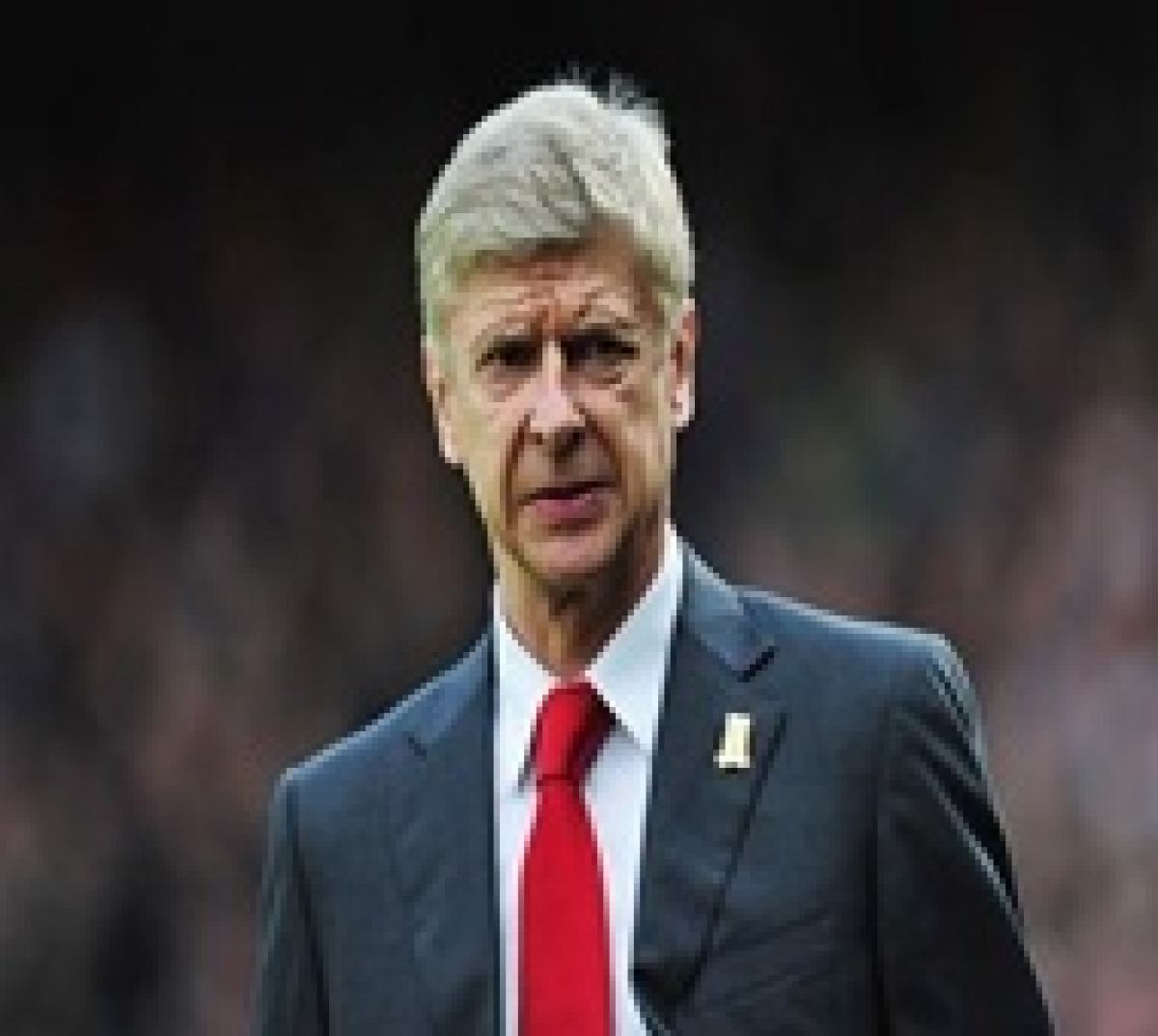 'Committed' Wenger in no mood to quit Arsenal