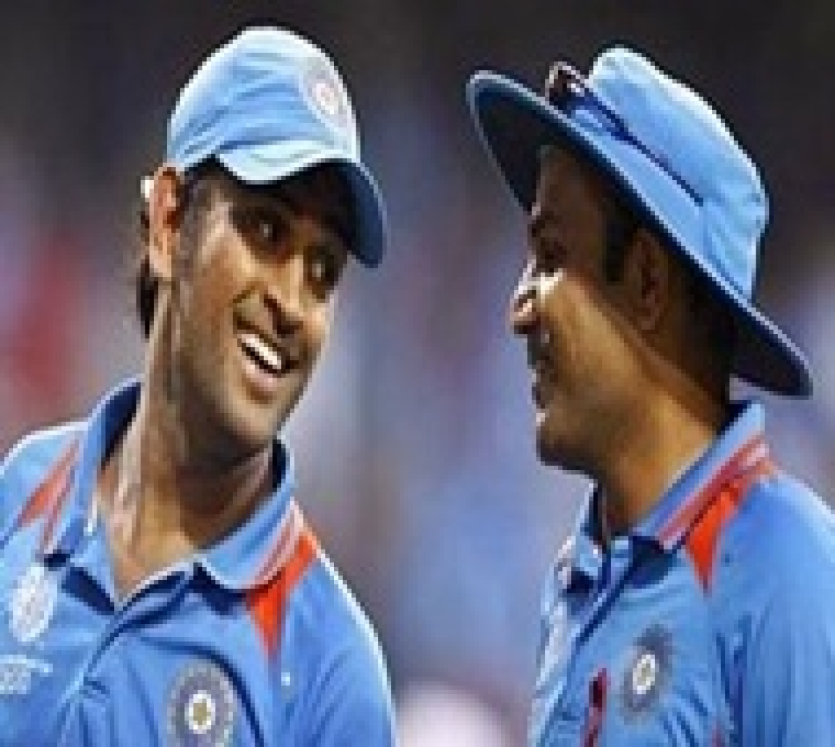 Dhoni should bat at number 4 and continue till 2019 WC: Sehwag