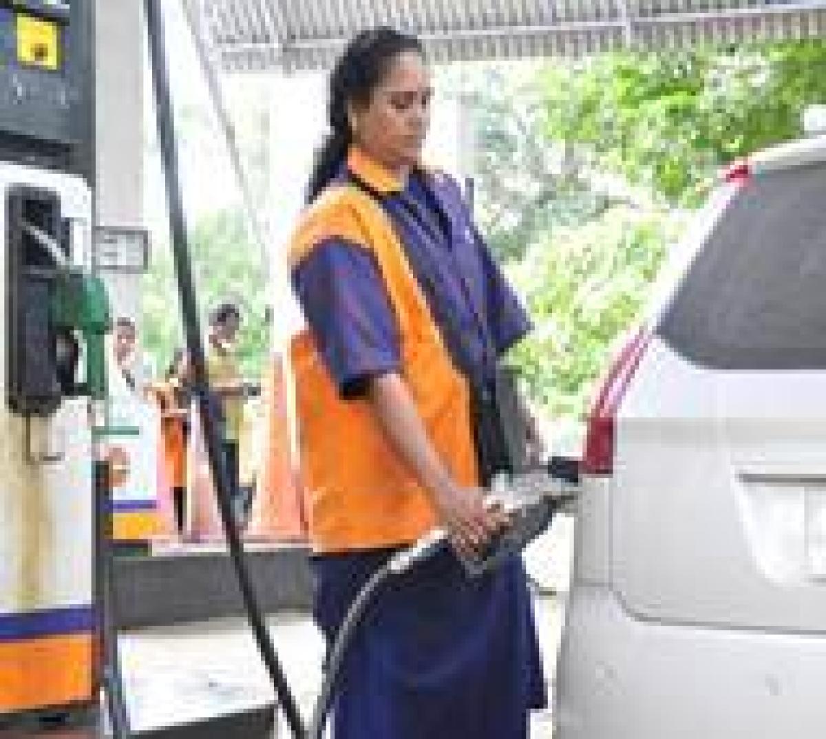 Lucknow gets an 'all women' petrol pump
