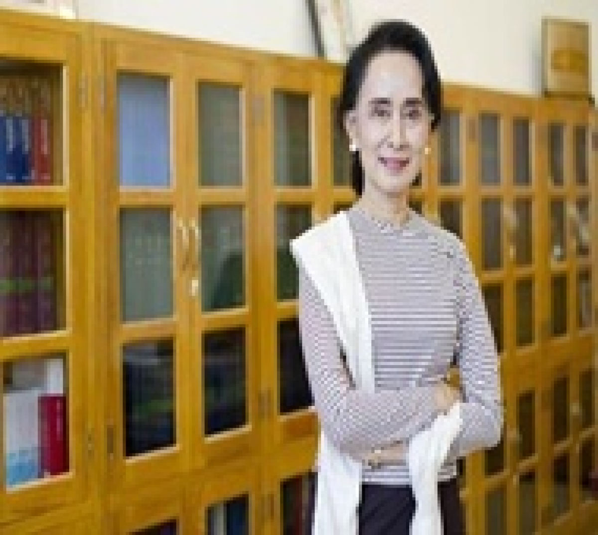 Suu Kyi's party gets two presidential candidates